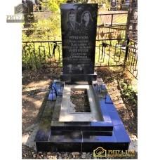 """Памятник из гранита """"Прямоугольный стандарт - два портрета"""" — ritualum.ru"""